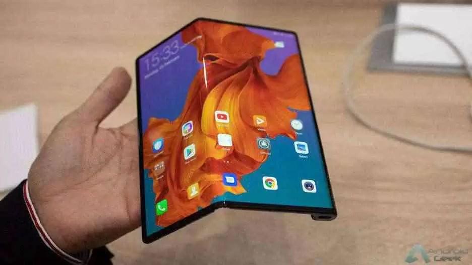 O dobrável Huawei Mate X estará disponível na 'Europa' através da operadora de rede Three 1