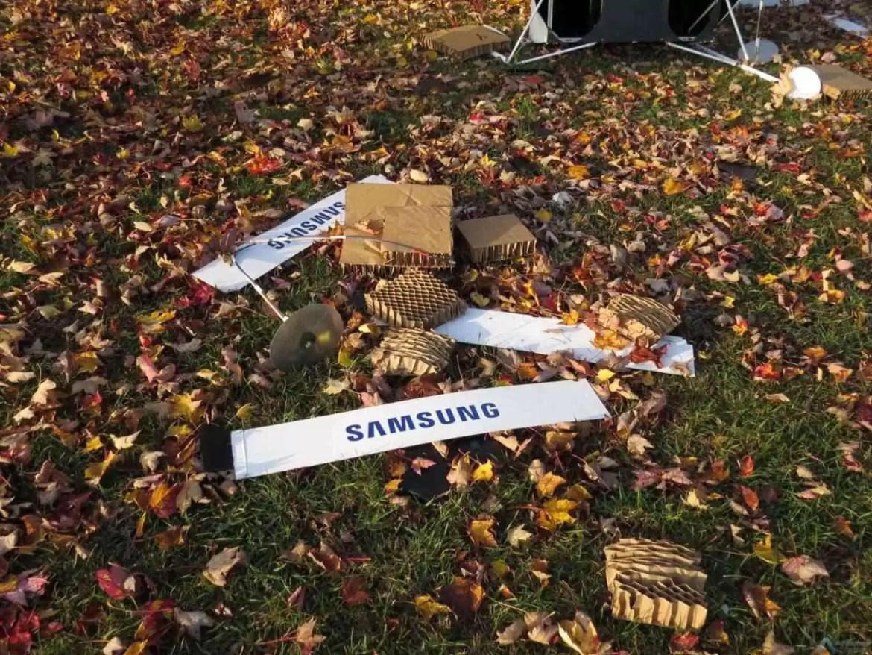 Lembram-se da Spaceselfie da Samsung? O satélite caiu num quintal! 3