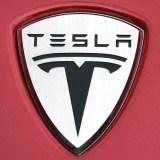 Tesla Model S wird günstiger und damit prämientauglich