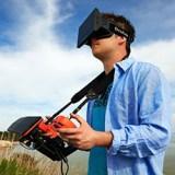 Fliegen mit Oculus Rift: Parrot zeigt Drohne mit VR-Brillen-Option