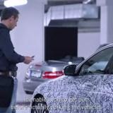 Du kannst die neue Mercedes E-Klasse komplett via Smartphone steuern
