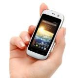 Das kleinste Android-Phone der Welt im Scheckkartenformat kostet 50 Dollar