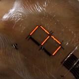 Inhalte auf dem Arm: Ultradünne LEDs verwandeln Hand in Display