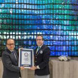 Weltrekord: Türkischer Display-Hersteller baut größte Handy-Wand
