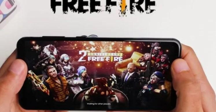 """""""هنا"""" freefire skin.com    2021"""