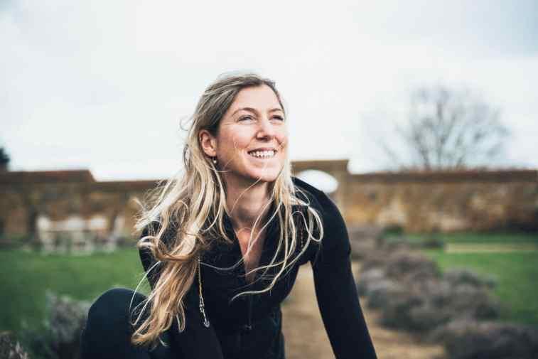 corporate yoga teacher Alicia Roscoe