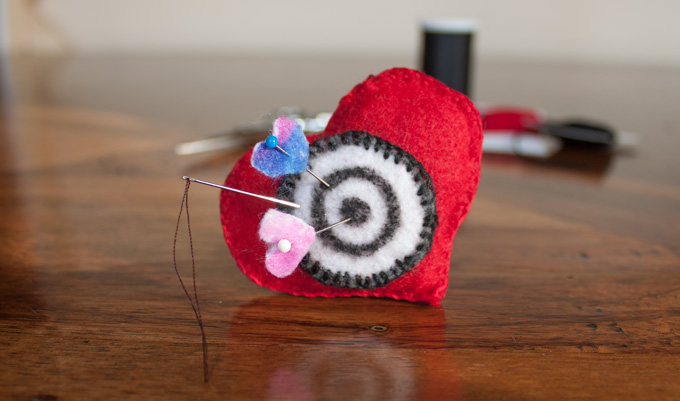 IMG_4369_hearttargetpincushion