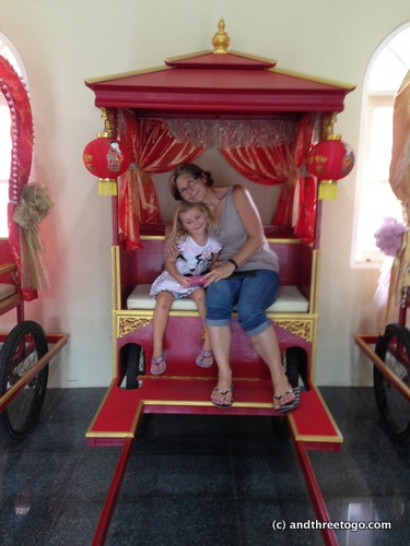 Mom and Z in a rickshaw (so many photo opportunities in Phuket). :)