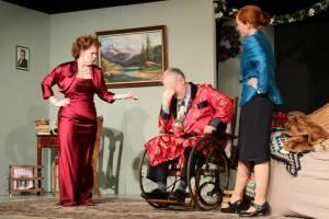 As Sheridan Whiteside with Ann Affleck (Lorraine Sheldon) and Laura Gibb (Maggie Cutler)