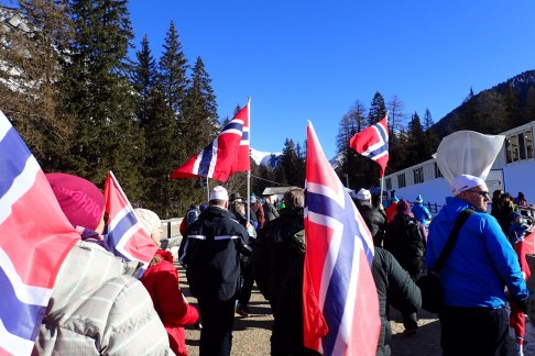 Norwegian Fans a long way from home
