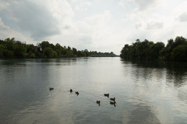 Looking up the Welland River from Kings Bridge Park