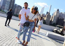 phillip-picardi-and-elaine-welteroth-with-a-chanel-bag