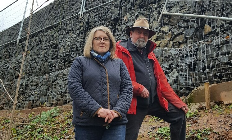 This is no way to build – scary gabions above A49 need to go