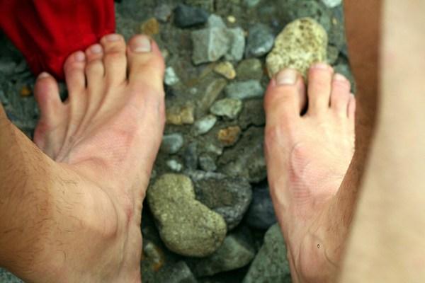 4413138796_452821f9ff_z Bare feet preparing to ford ndanger