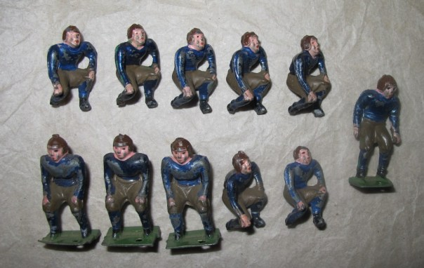 Collectors lead toy figures of Yale. American football team. Made in Japan in the 1930s.