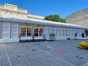 Photo of large tent in Vienna MuseumsQuartier courtyard - June 2021