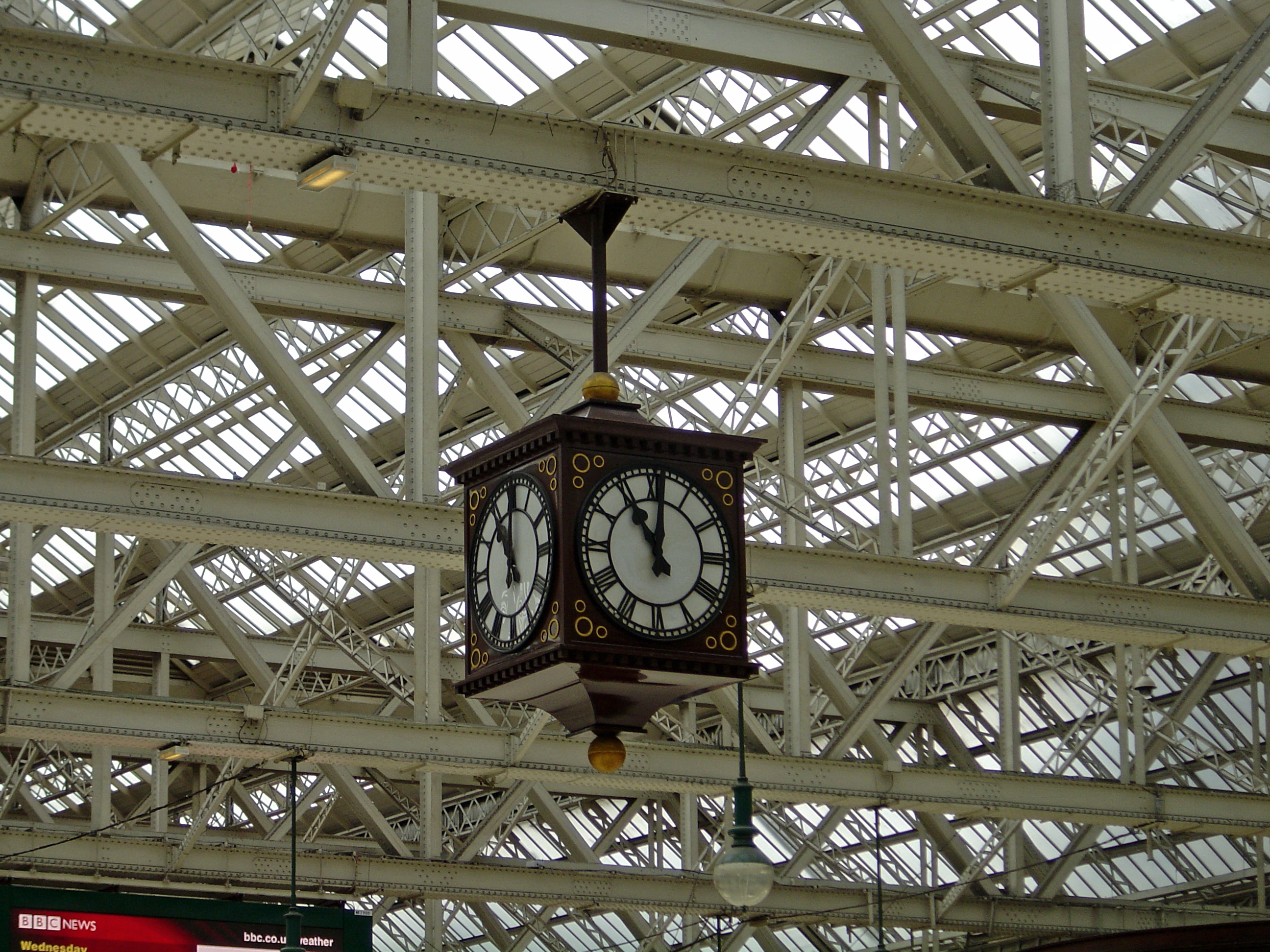 Central Station Clock 2