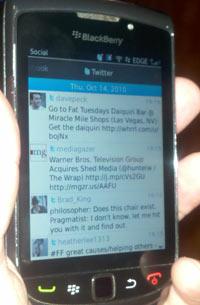 blackberry torch 9800 social feeds app os6