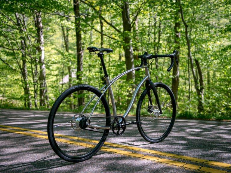 large_budnitz-bicycles_Zero_Ti_BlackLeather_Notch_3000_3x4-3.jpg