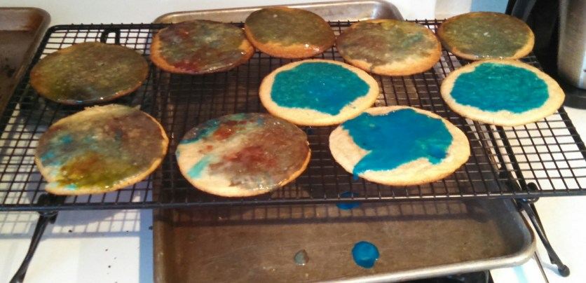 The most beautiful cookies I have ever seen... ;) Jax has an eye for color, don't you think?