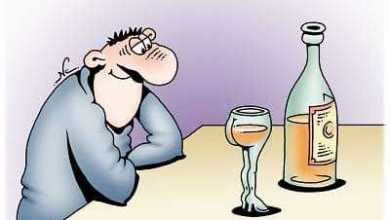 А как интересно определить, настоящая это водка или нет? - Анекдоты