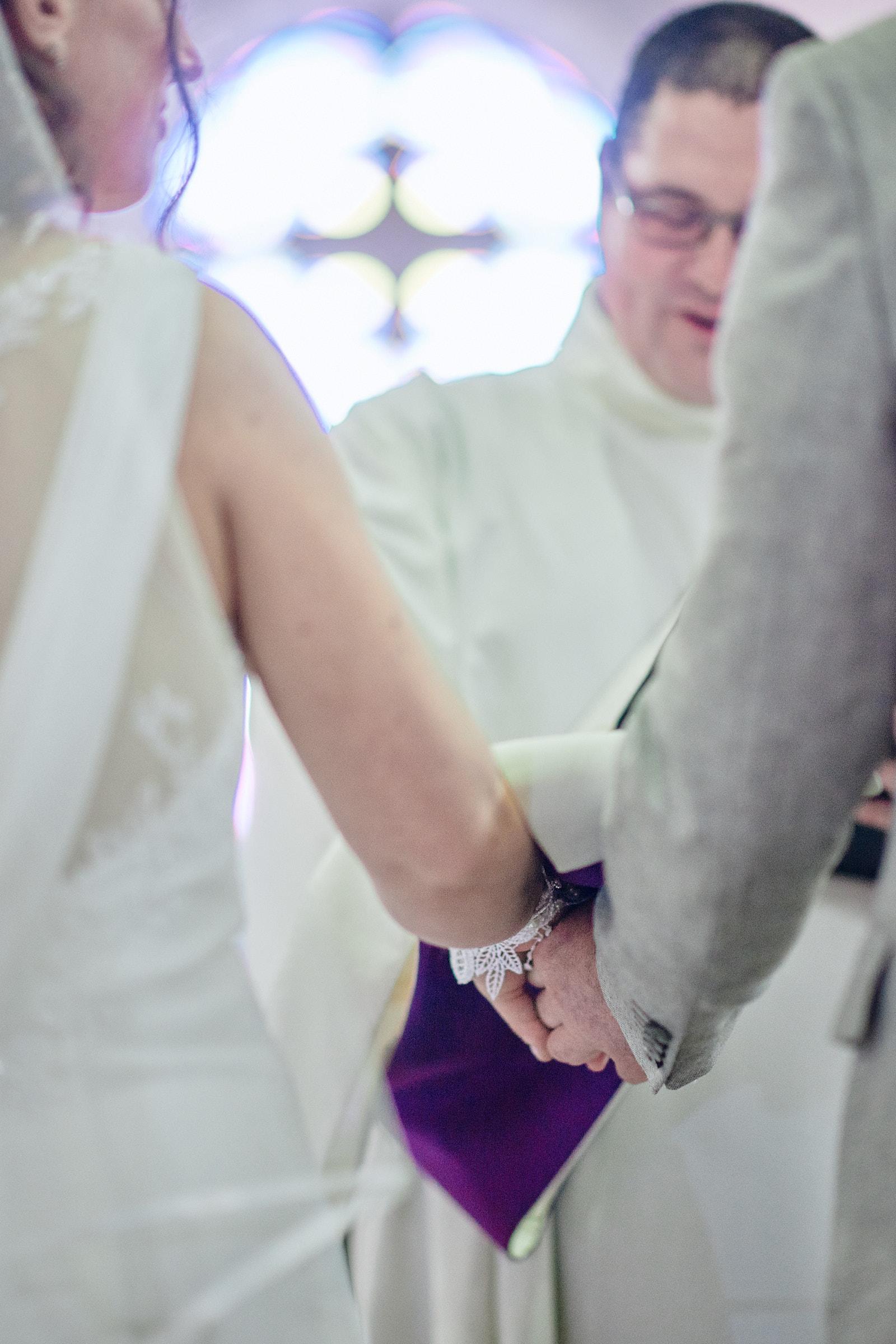 le diacre béni les mariés