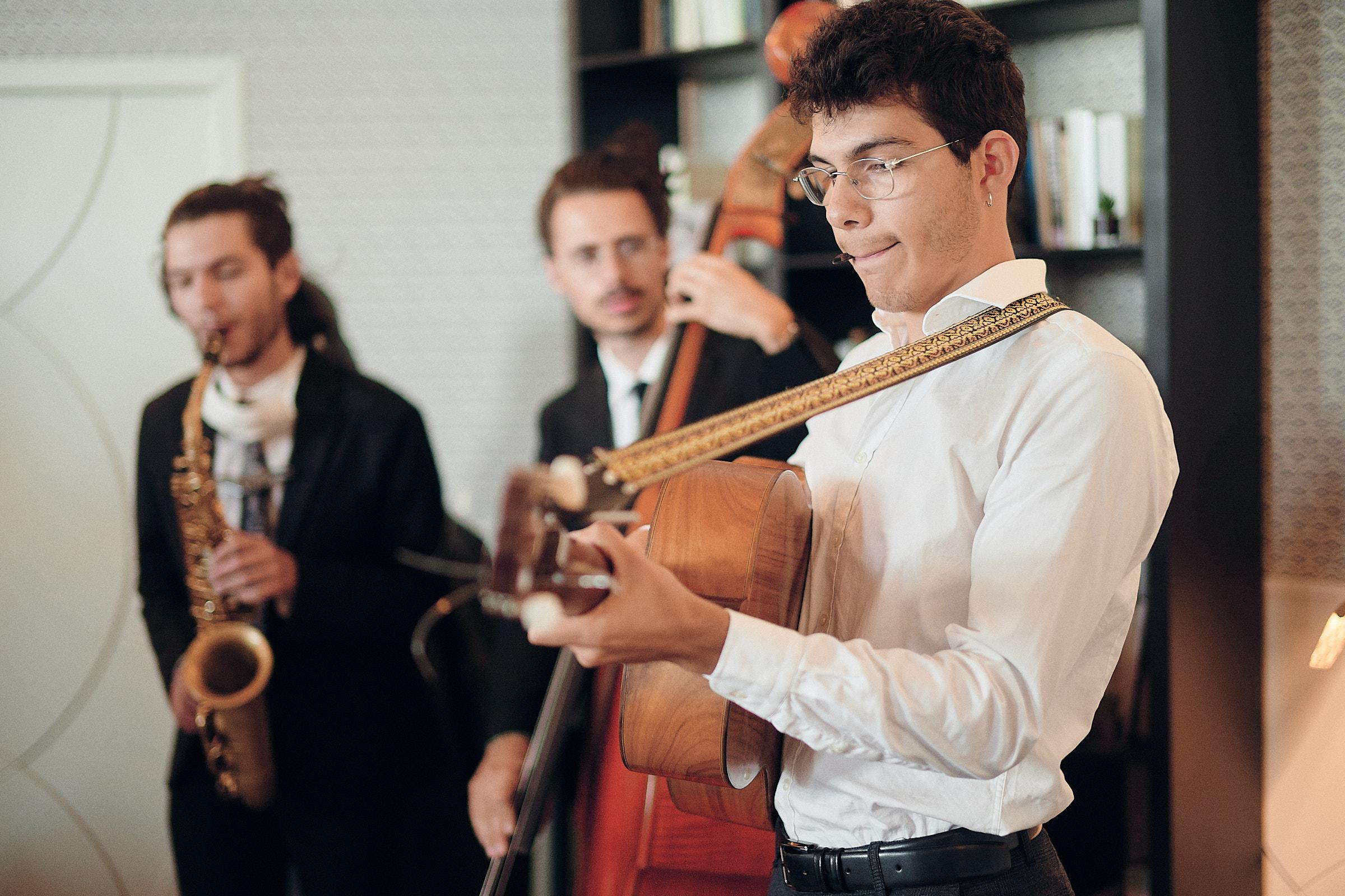 groupe de musiciens à l'hotel castelbrac