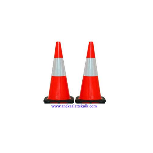 Jual Traffic Cones 70cm Black Base