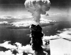 Foto Bom Atom Fat Man Nagasaki