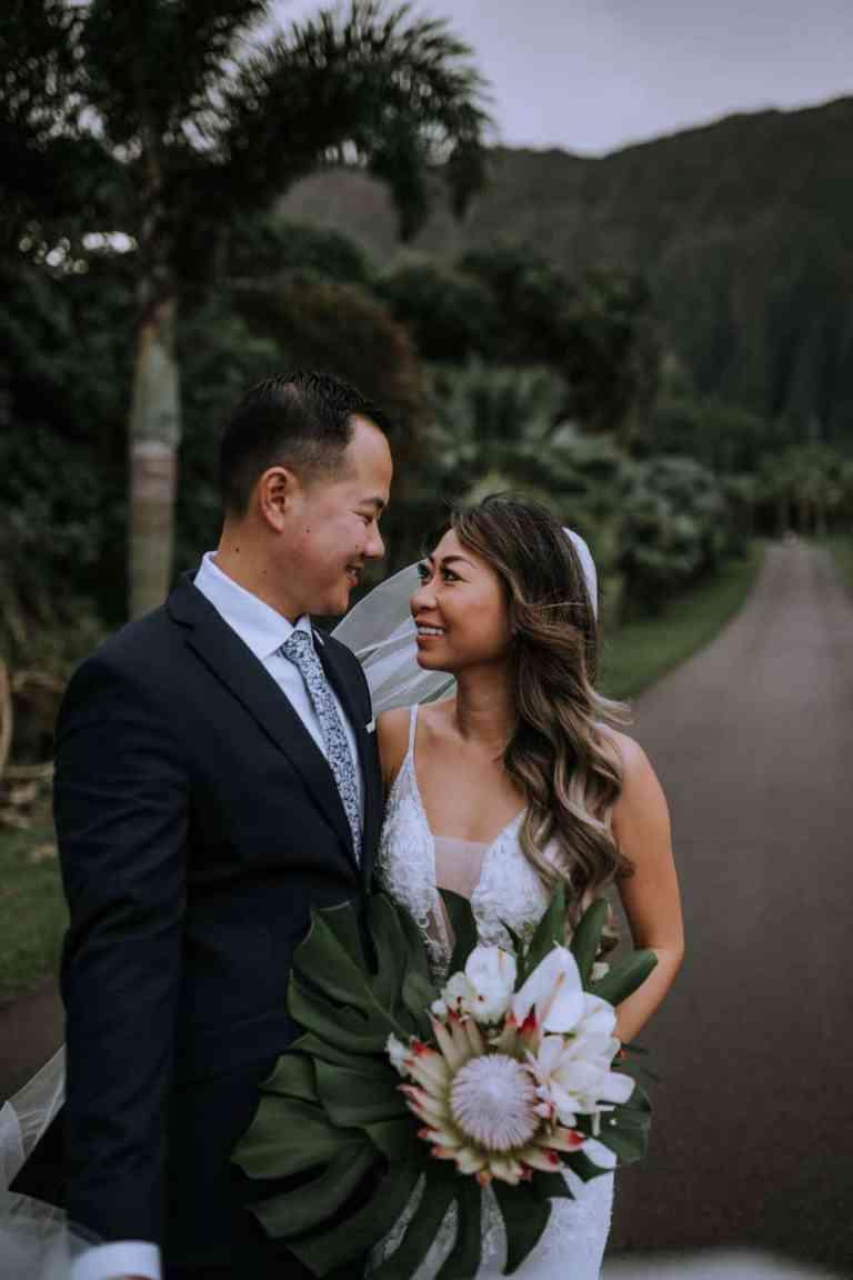 Ho'omaluhia Botanical Gardens, Hawaii bridal session