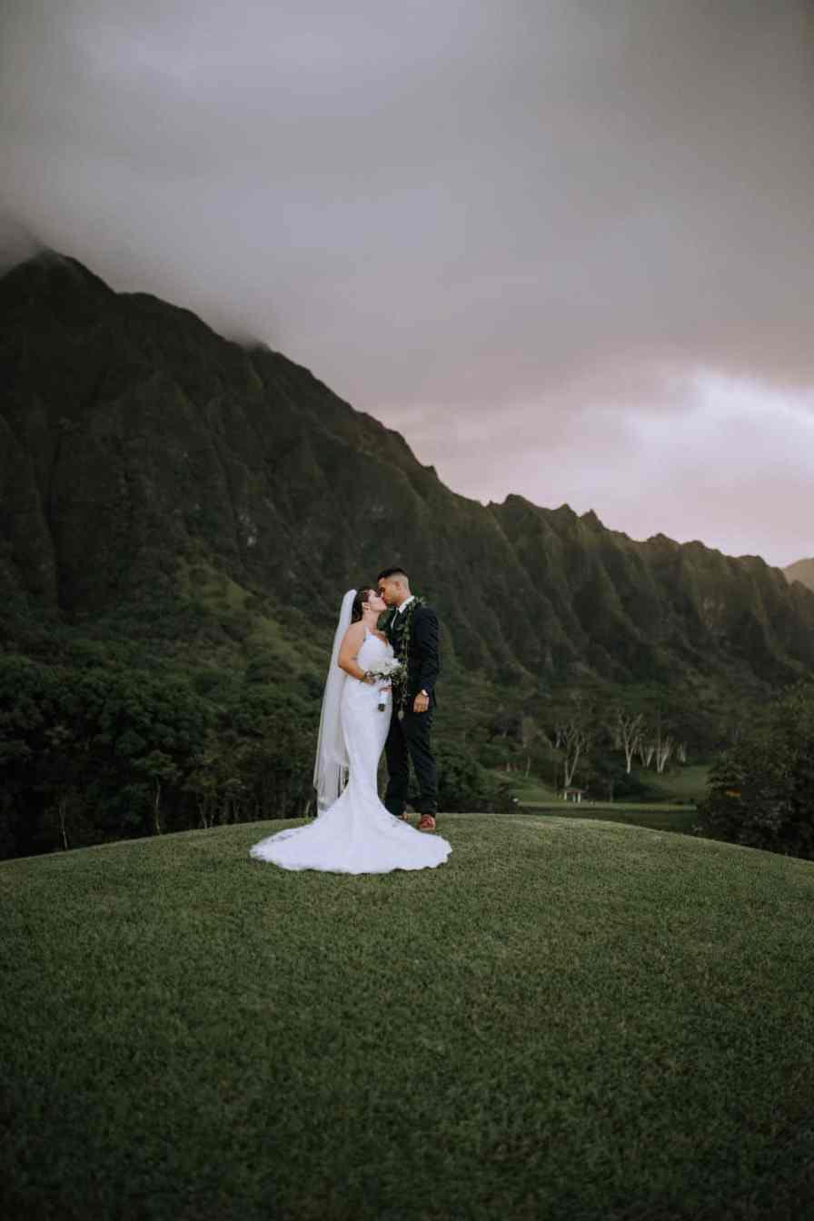 Bride and groom at KO'OLAU BALLROOMS, Oahu Hawaii wedding venue