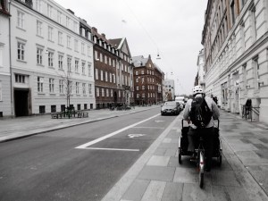biking around copenhagen