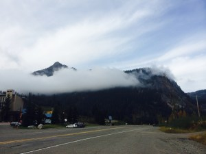 hanging clouds in snoqualmie pass
