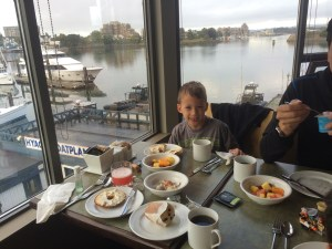 breakfast at the Victoria Regent hotel