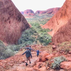 Hiking Katja Tjuta with kids in Australia