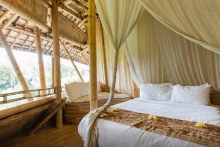 Bamboo-Villa-Bali2