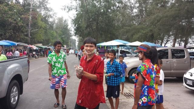 Songkran strandgaden2