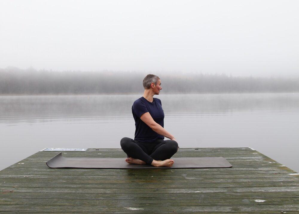 Yoga twist Anette Traberg Lind