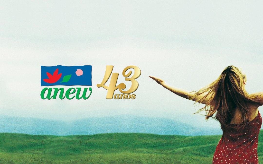 Anew faz 43 anos no Brasil