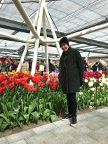 The Juliana Pavilion featured hundreds of tulip varieties -- some of which reached almost hip height on me! Tulip experts and exhibition labels told the story of 17th-century Tulipmania and answered questions about modern tulip cultivation methods.