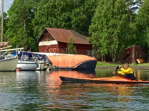 Yep, this dude turned a submarine into a houseboat.