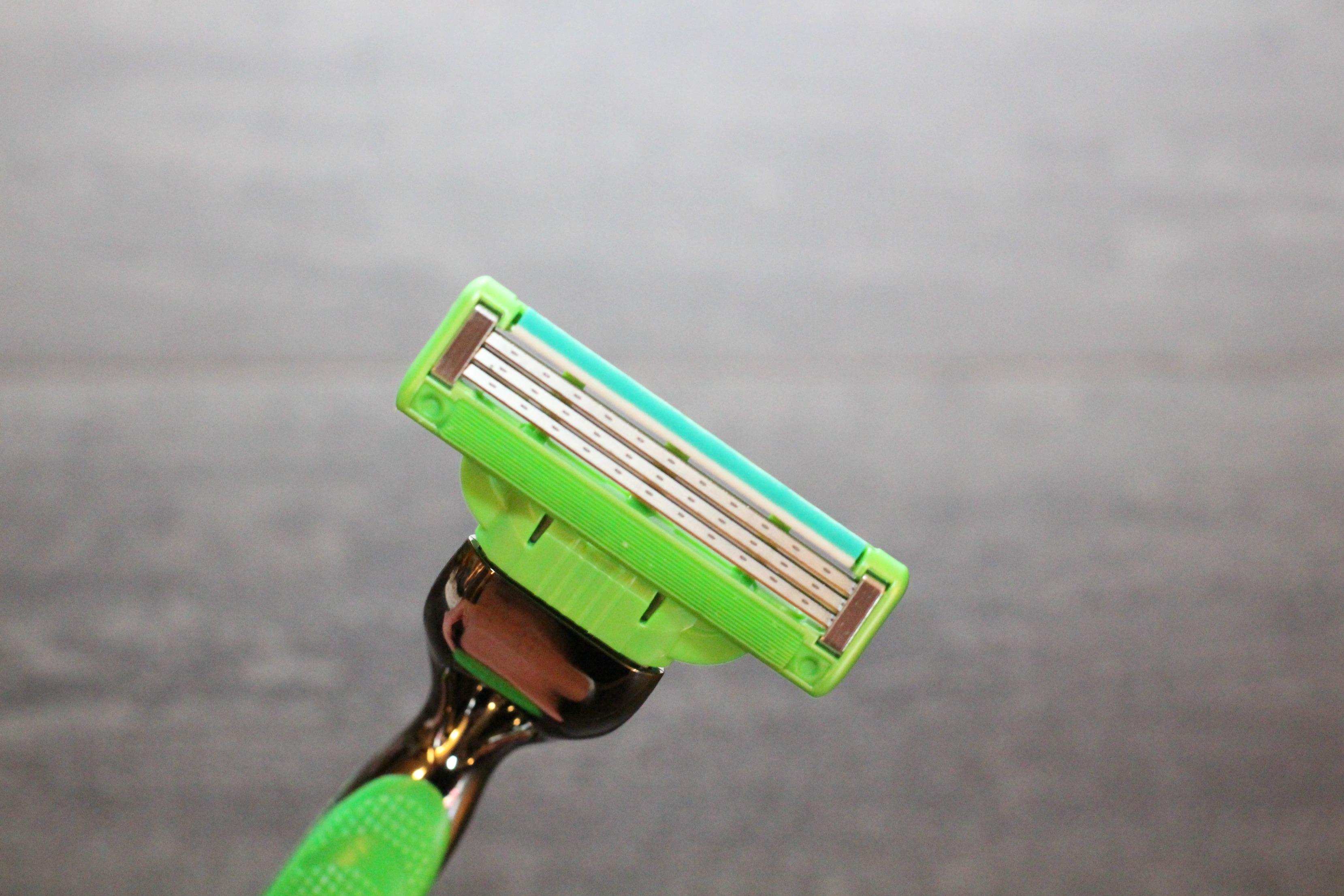 razor-up-close