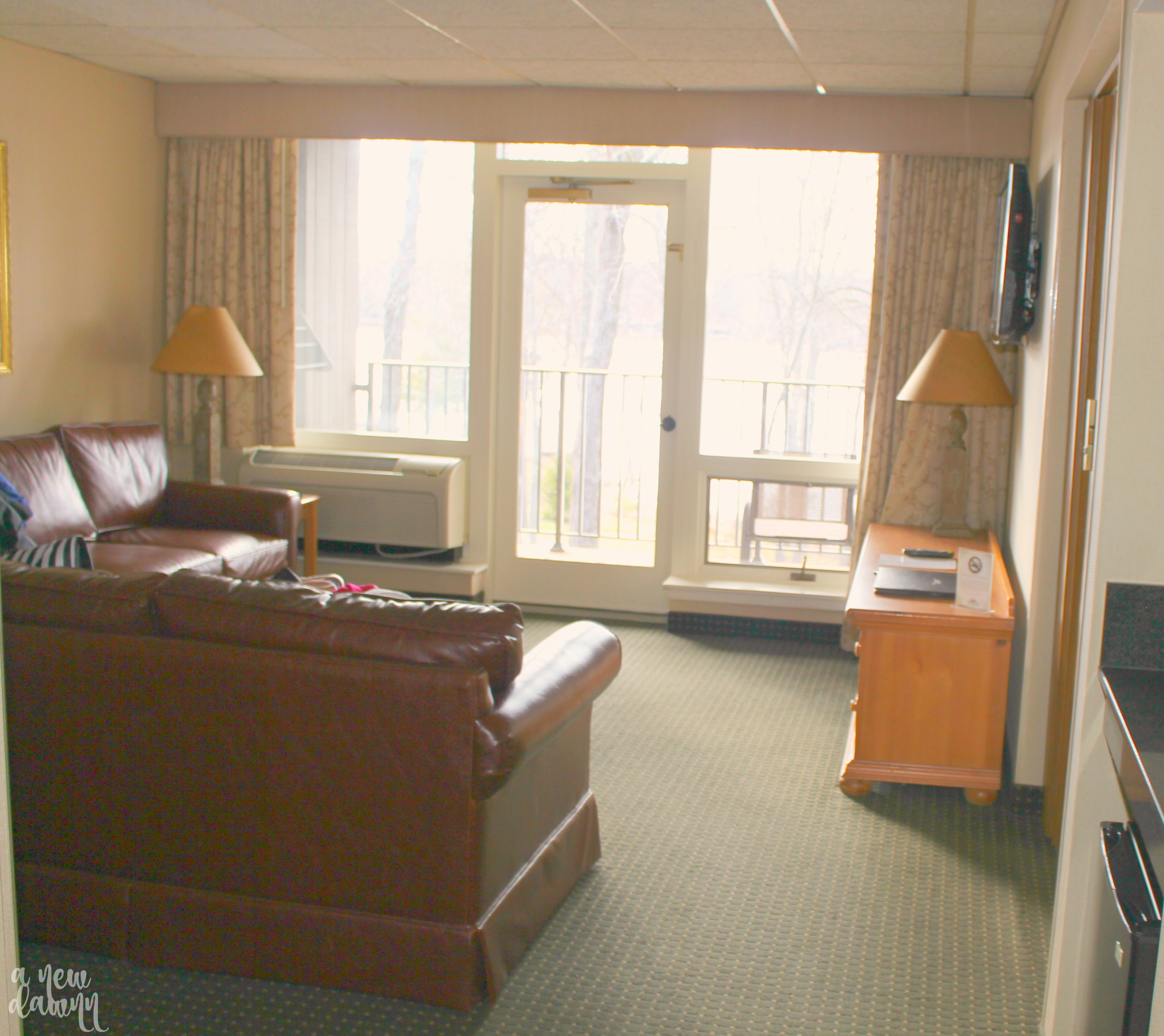 woodloch-room-living-area