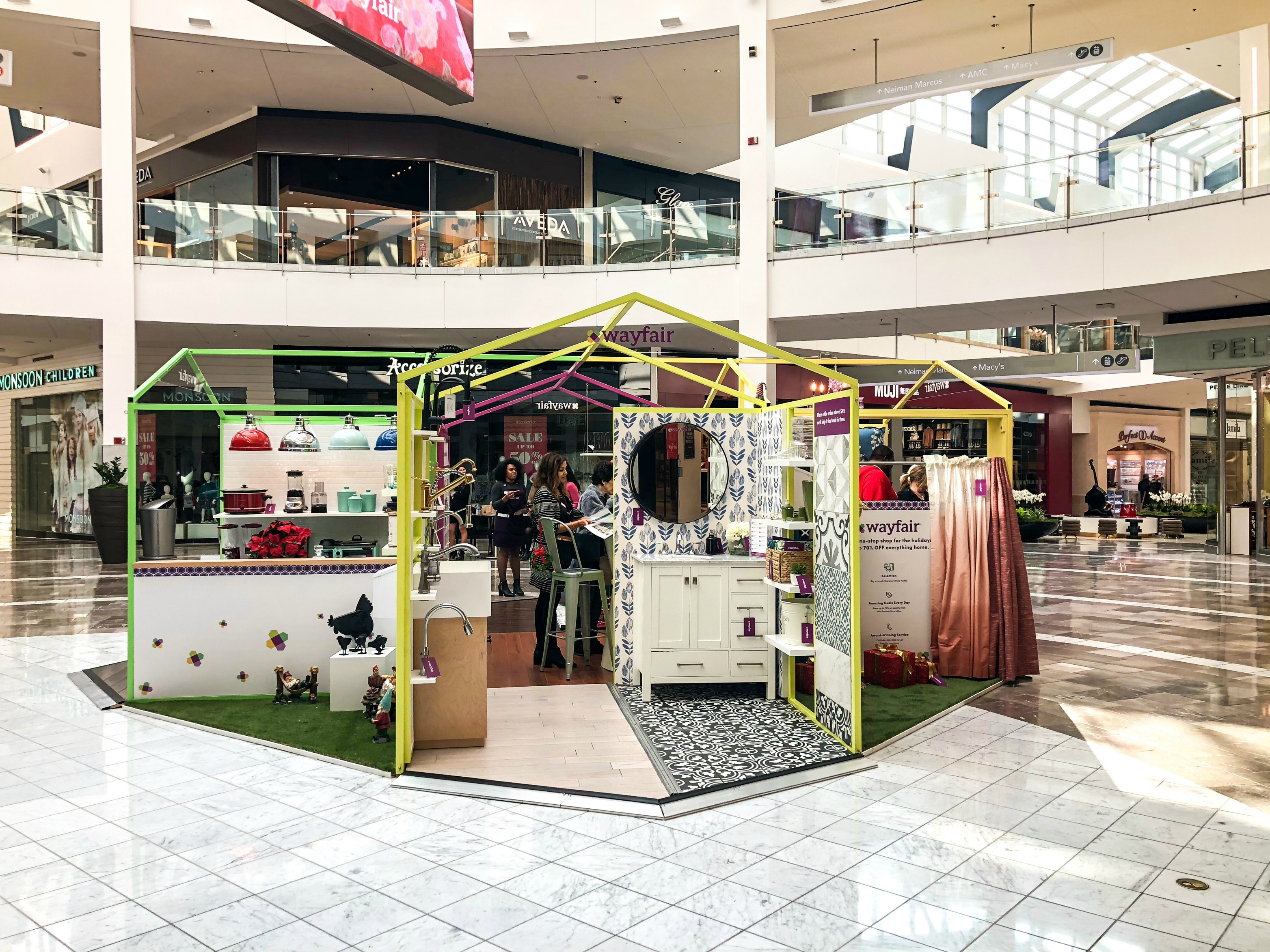 Style Your Holiday with the Wayfair Pop-Up shop at Westfield Garden State Plaza