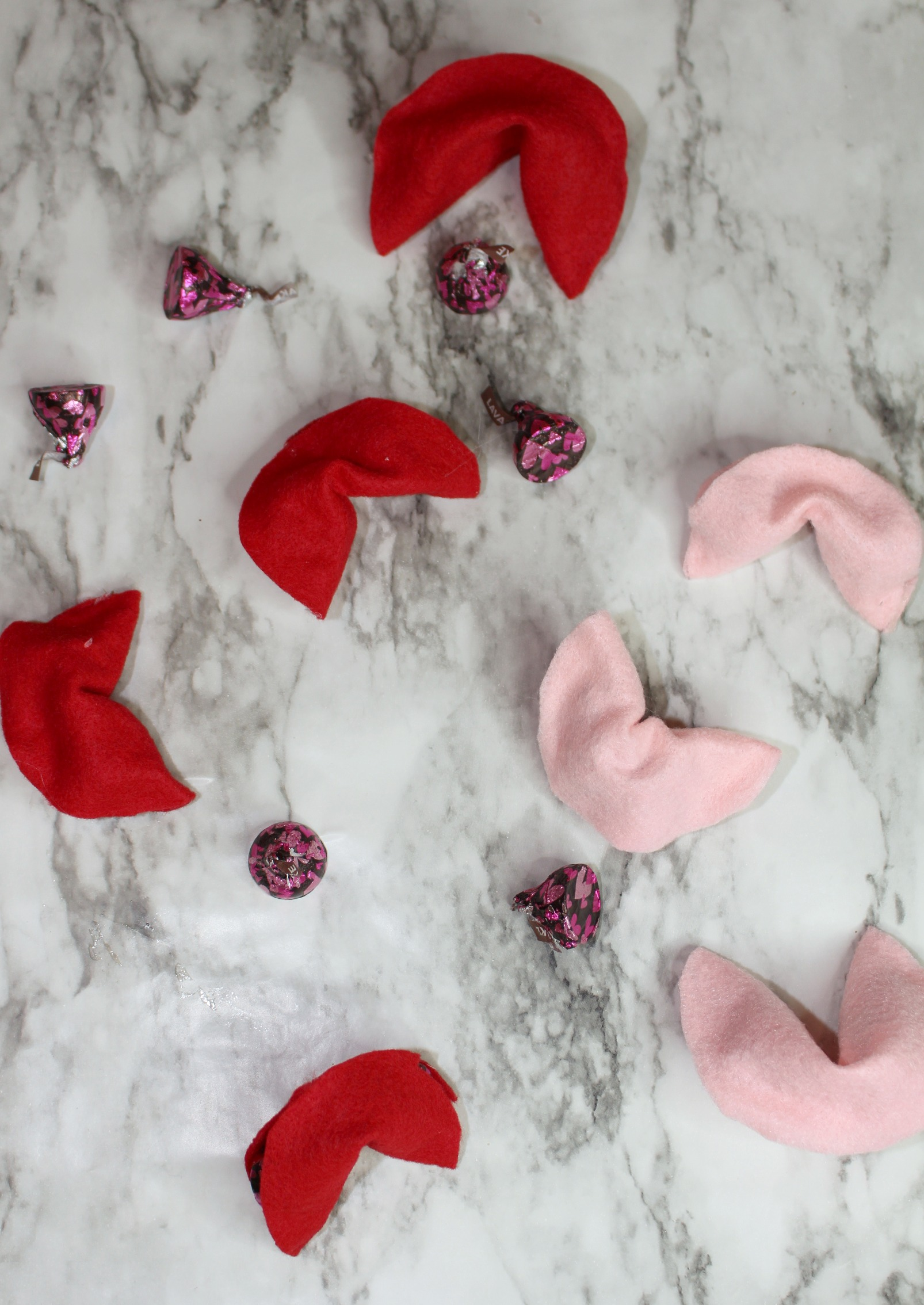 DIY HERSHEY® KISSES Chocolates Filled Felt Fortune Cookies Tutorial