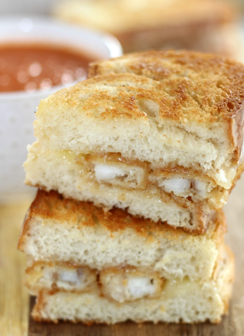 Take Dinner to the Next Level with this Fish Stick Grilled Cheese