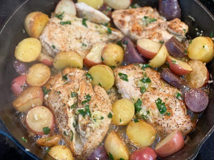 Lemon Garlic Chicken and Potatoes Skillet Recipe