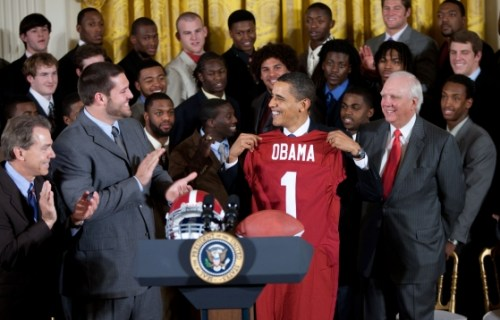 President_Obama_and_the_BCS_National_Champion_Alabama_Crimson_Tide