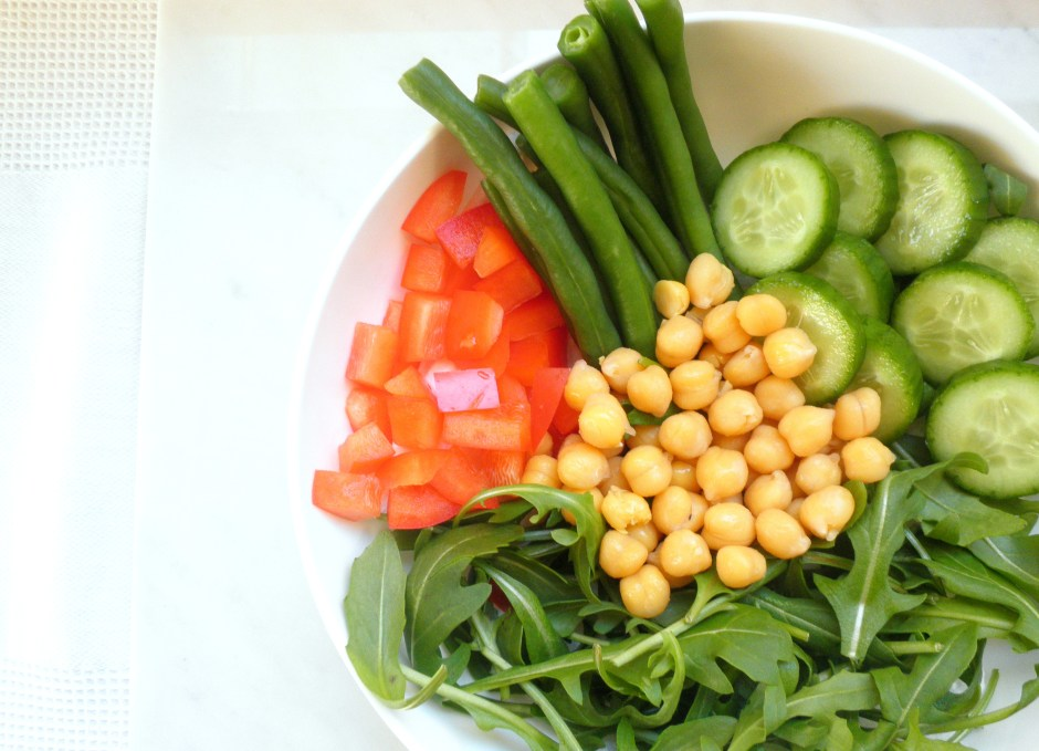 Chickpea and green bean lunch bowl 2