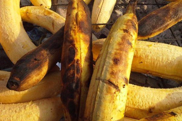 Bole -Roasted Plantain & Groundnut Joint